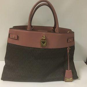 Authentic Michael Kors Handbag in pink and brown